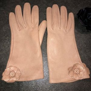 Ladies Bottega Veneta Leather Gloves | GUC